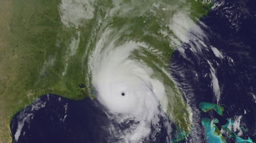 "Furacão ""Michael"". Foto: NOAA/EPA"
