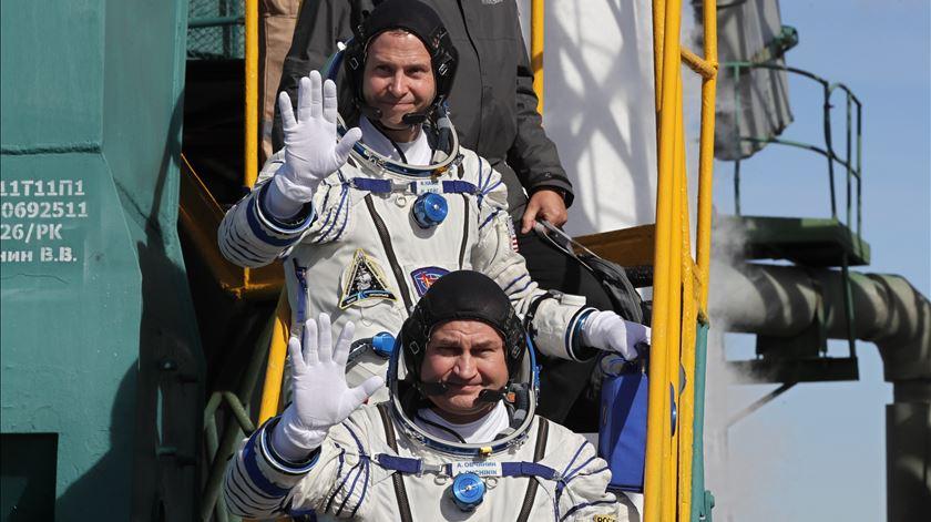 Falha no lançamento de nave russa com dois astronautas a bordo