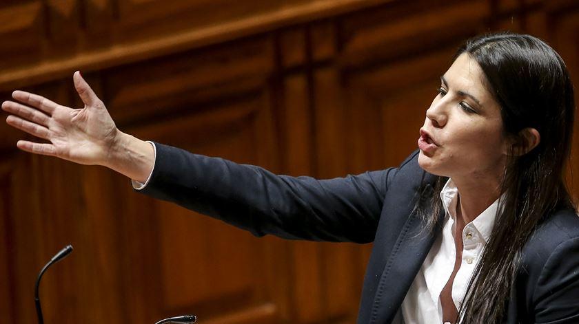 Bloco critica condições de pagamento antecipado ao FMI e pede explicações a Costa