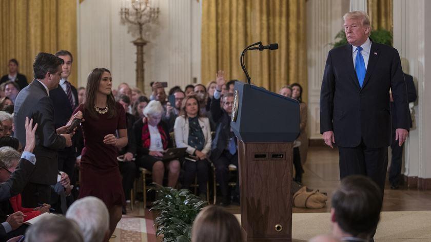 """Trump irrita-se com jornalista da CNN: """"O senhor é malcriado e horrível"""""""