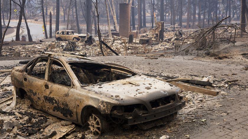 Sobe para 31 o número de mortos nos incêndios na Califórnia