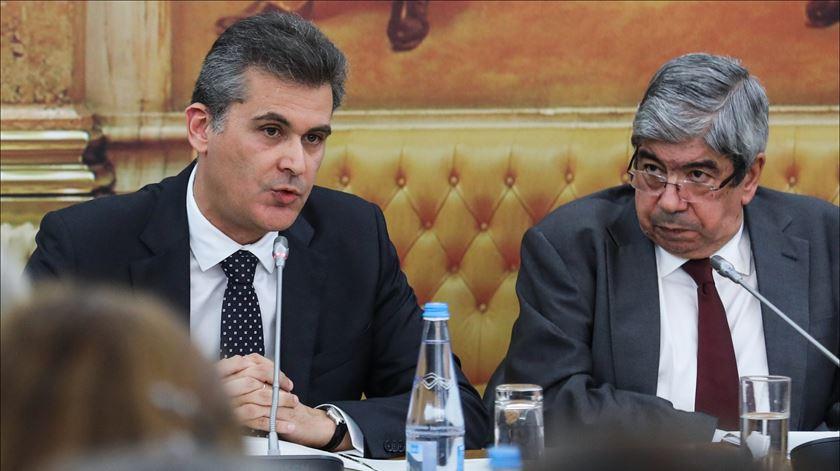 Comissão parlamentar de inquérito a Tancos toma posse com dúvida sobre incompatibilidade