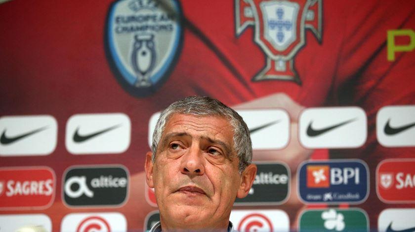 Fernando Santos alerta para o risco de desvalorizar a Itália pela ausência do Mundial