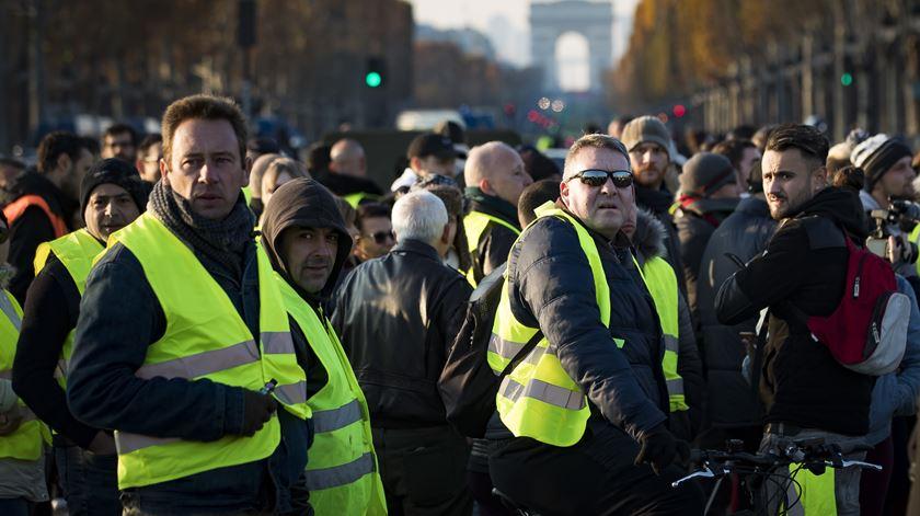 """França. Manifestação dos """"coletes amarelos"""". Foto: Ian Langsdon/EPA"""