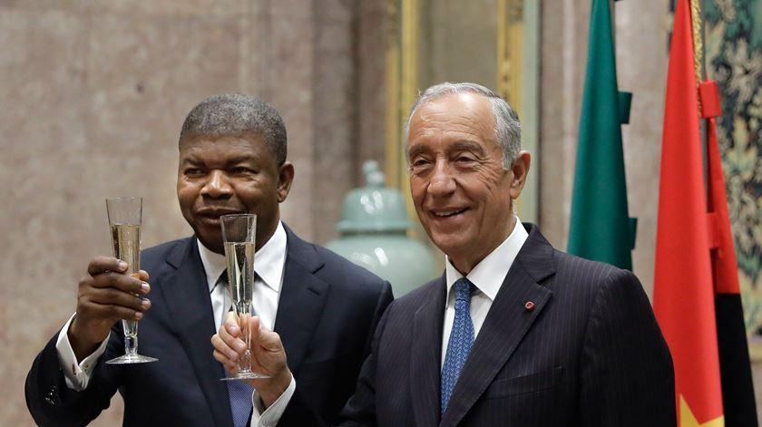 "Presidente de Angola saúda ""data emblemática da identidade portuguesa"""