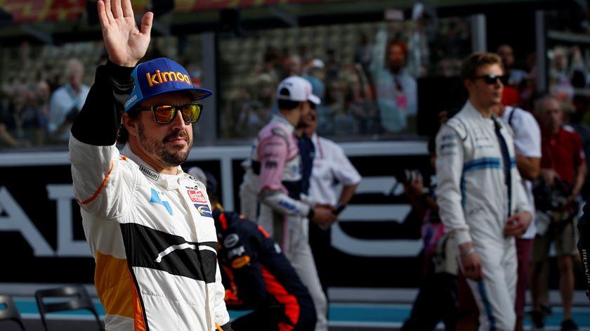 Fernando Alonso volta à Fórmula 1 com a Renault