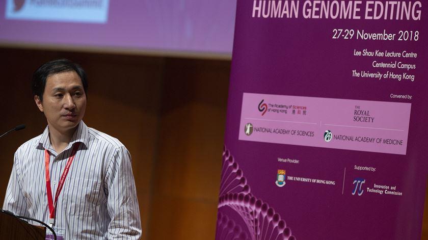 He Jiankui, o cientista chinês que anunciou manipulação genética de embriões. Foto: EPA