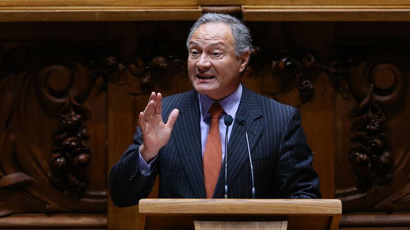 Da esquerda à direita, oposição encerra debate parlamentar com críticas ao Plano 2020/2030