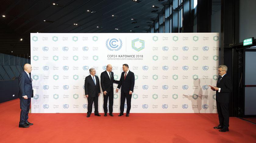 "Cimeira do Clima. Guterres alerta que países ""saíram da rota"" do Acordo de Paris"