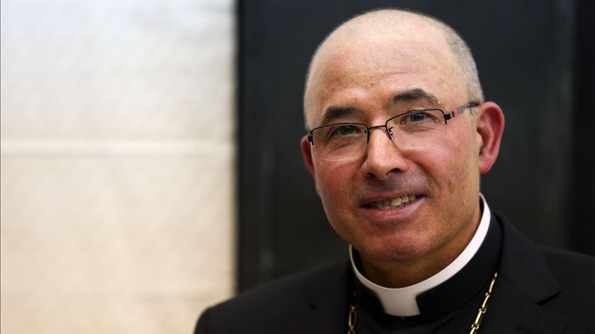 """Tancos tem """"muita opinião, mas faltam factos"""", diz bispo das Forças Armadas"""