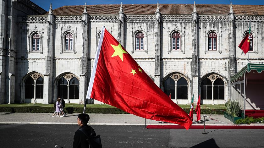 "AICEP anuncia: ""Maior empresa agro-alimentar chinesa vai ter centro de serviços no Porto"""