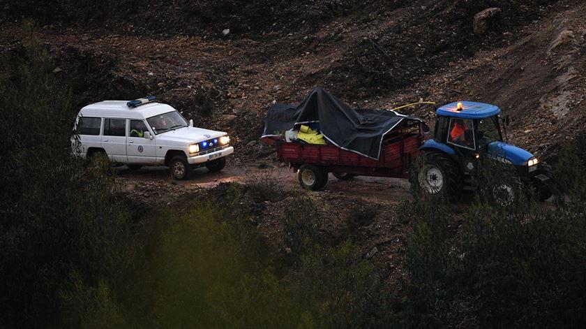 """Acidente com """"heli"""" do INEM matou dois pilotos, um médico e uma enfermeira. Foto: Octávio Passos/Lusa"""