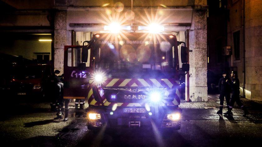 Idosa morre em incêndio numa habitação no Porto