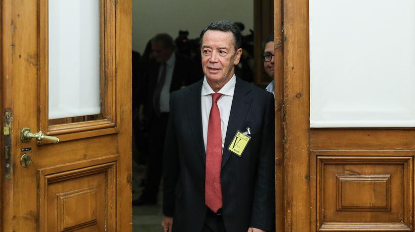 Manuel Pinho terá recebido 4,5 milhões de 'luvas' do GES e da EDP