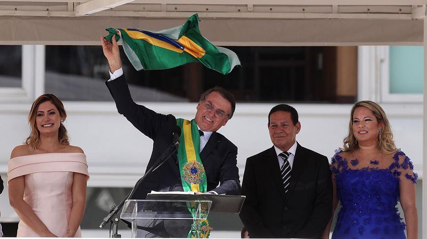 Mais de quatro horas em cerimónias. Os momentos que marcaram a tomada de posse de Bolsonaro