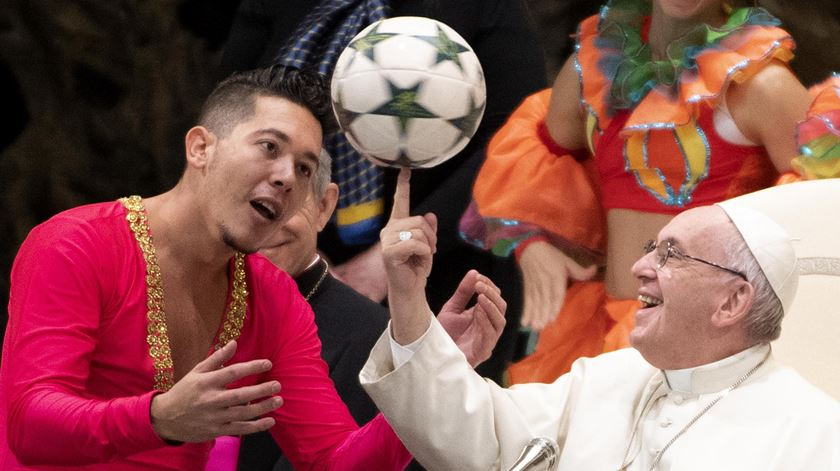 """Papa fala em """"escândalo"""" de quem reza a Deus e odeia o próximo"""