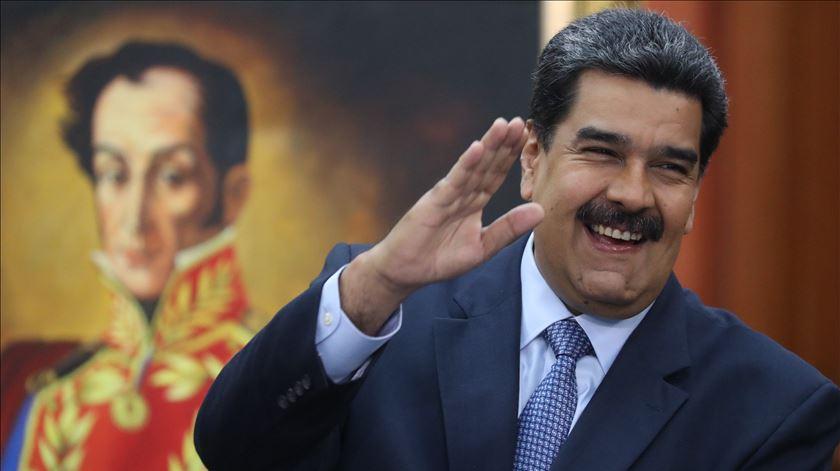 União Europeia. Representante expulsa por Maduro deverá sair da Venezuela no sábado