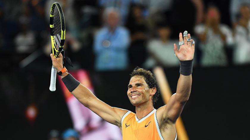 Nadal e Federer carimbam terceira ronda do Open da Austrália