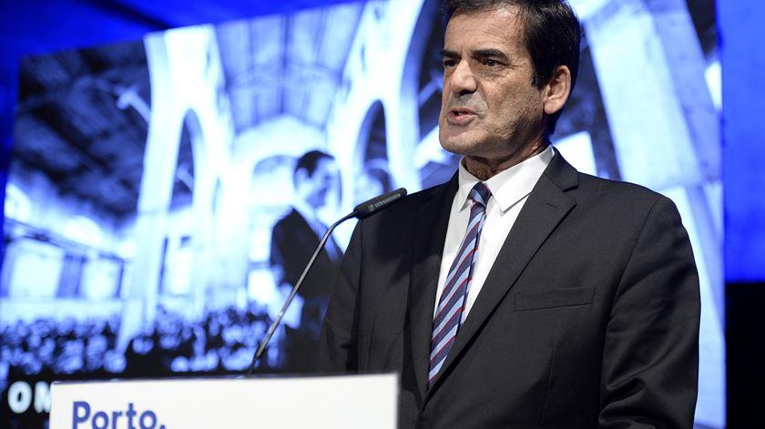 Rui Moreira quer pedir ao Governo suspensão da obrigatoriedade de descentralizar até 2021