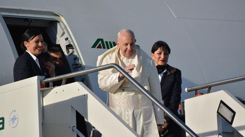 Papa a caminho do Panamá para encontro com 100 mil jovens