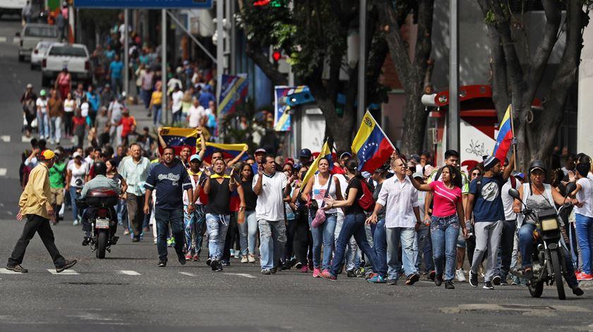 Protestos na Venezuela fazem mais de uma dezena de mortos