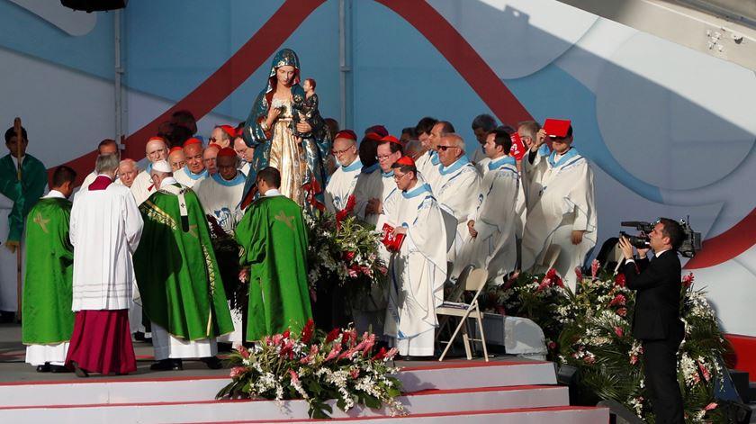 """Jovens não são o futuro, mas o """"agora"""" de Deus, diz o Papa"""