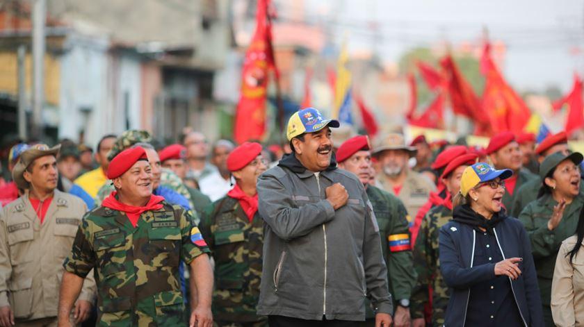 """Casa Branca deixa aviso a Maduro: ou sai num """"prazo curto"""", ou as sanções vão """"endurecer muito, muito mais"""""""