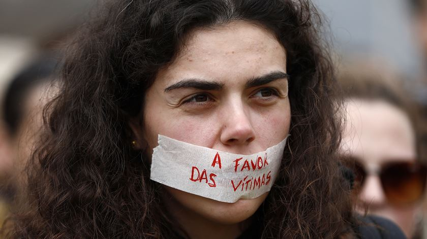"""Mulheres de Braga saem à rua para exigir que """"parem de as matar"""""""