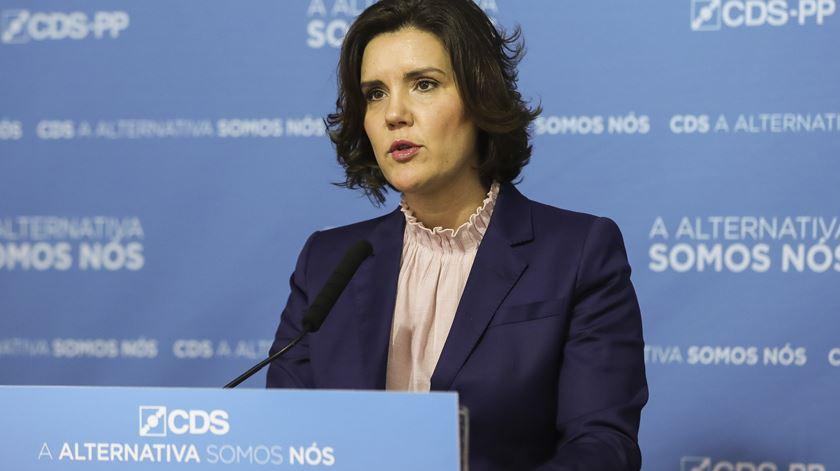 """""""Governo já não governa, não é possível deixar os portugueses à espera"""""""