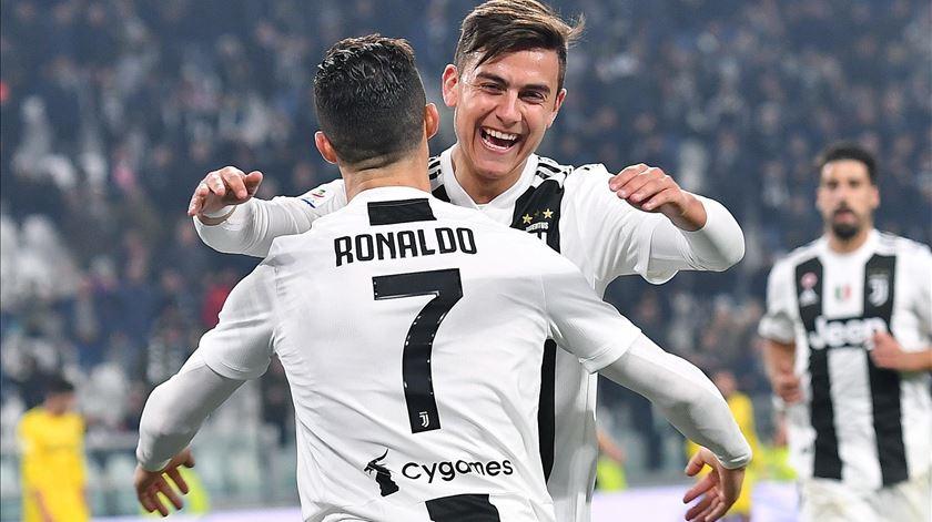 Juventus ganha e Cristiano marca