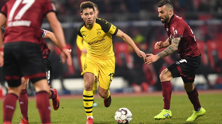 Borussia Dortmund perde terreno na liderança da Bundesliga