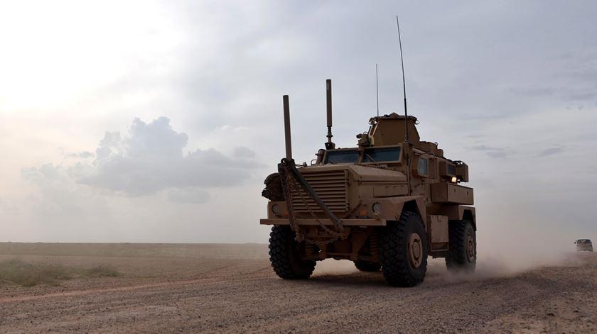 Cerca de 150 militantes do autoproclamado Estado Islâmico rendem-se na Síria
