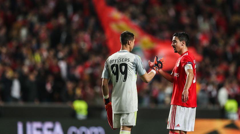 """Vlachodimos afasta interesse do Newcastle. """"Sinto-me muito confortável no Benfica"""""""