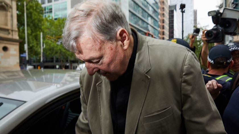 Cardeal George Pell condenado por abusos de menores