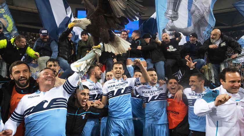 Lazio apurou-se para a final da Taça, mas o protagonista foi Mussolini