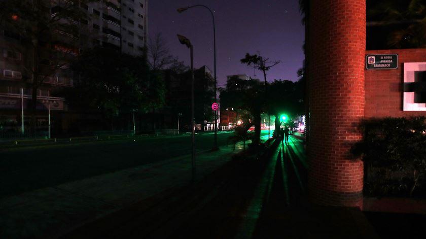 """Venezuela. """"Apagões"""" afetam várias zonas de Caracas"""