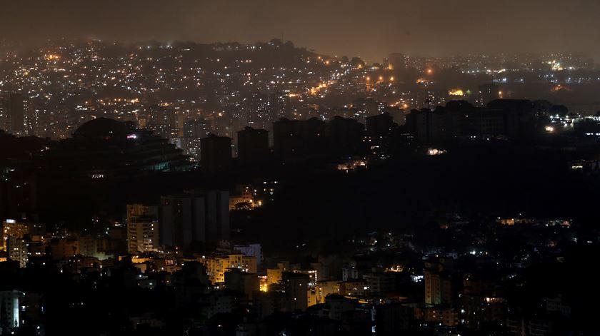 Eletricidade está de volta na Venezuela. É o fim do apagão