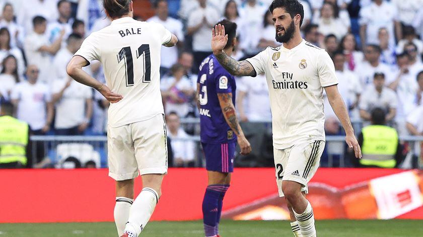 Bale e Isco. Foto: Ballesteros/EPA