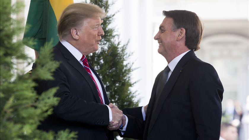 Trump e Bolsonaro na Casa Branca em março. Foto: EPA