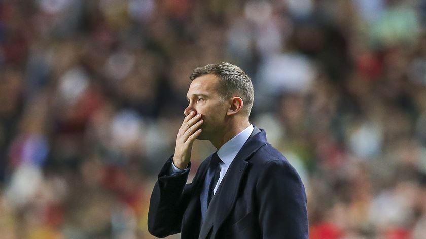 Ucrânia vence no Luxemburgo no último minuto e lidera grupo de Portugal