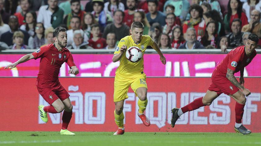 """Bernardo Silva assume que Portugal teve """"jogo menos bem conseguido"""""""
