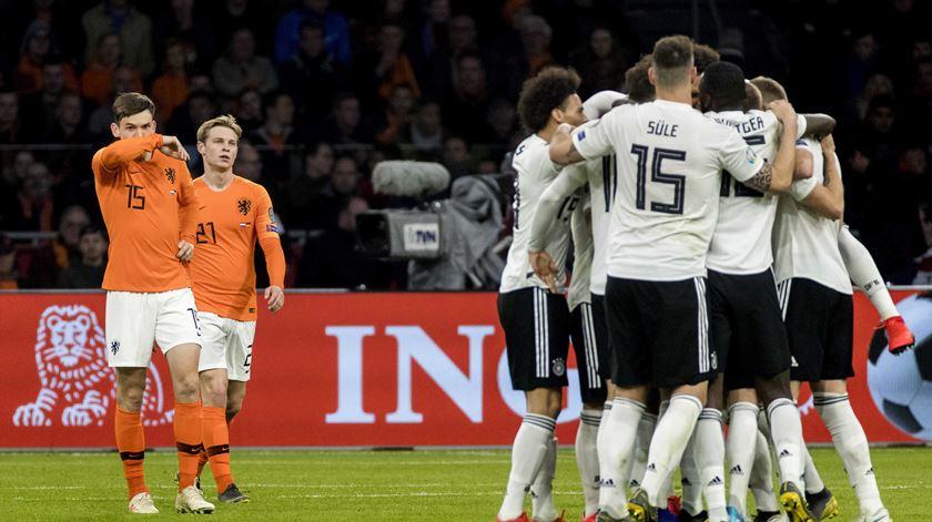 Alemanha ganha na Holanda