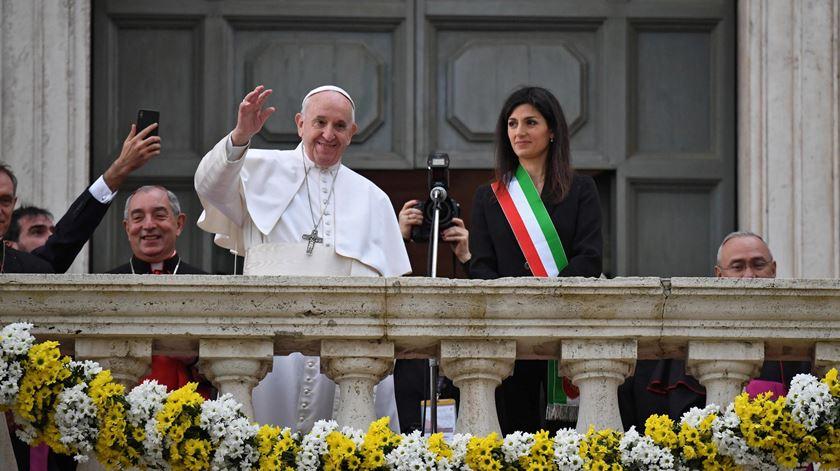 Papa faz primeira visita à Câmara de Roma