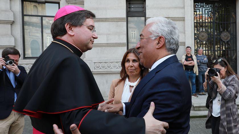 """D. Américo Aguiar. Políticos destacam bispo com """"futuro promissor"""""""