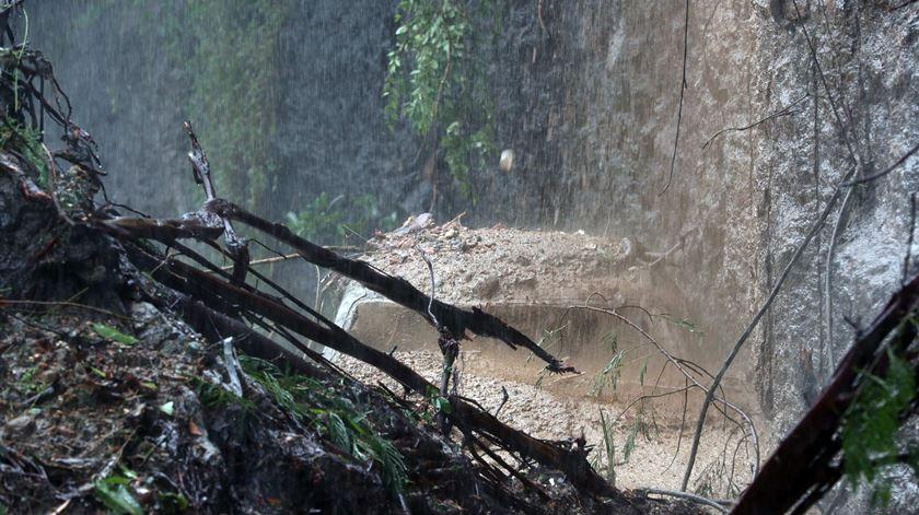 Chuvas fazem pelo menos 10 mortos no Rio de Janeiro