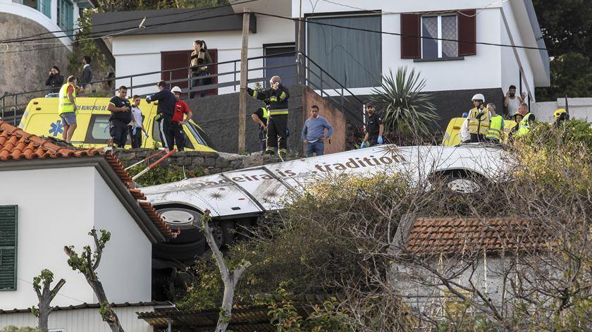 Várias vítimas em acidente com autocarro na Madeira