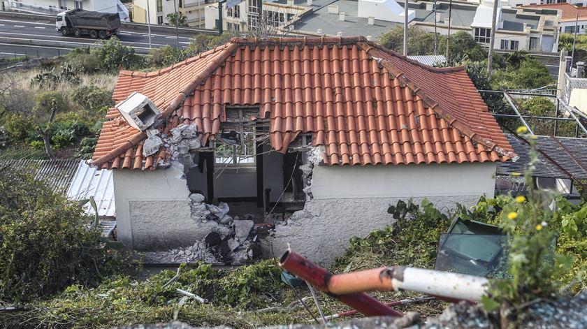 Tragédia na Madeira. Autocarro foi retirado e oito feridos já tiveram alta