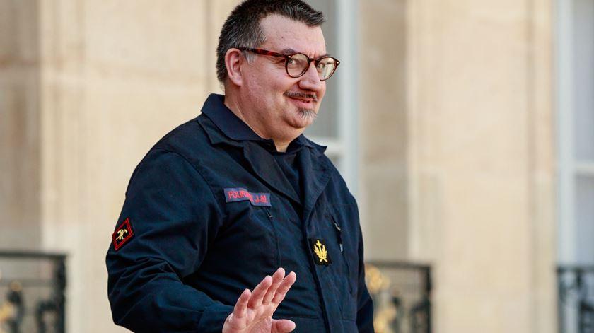 Padre francês conta como ajudou a salvar as relíquias de Notre Dame