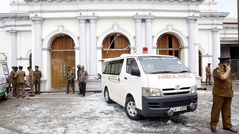 Série de atentados no Sri Lanka deixa quase 200 mortos. Uma das vítimas é portuguesa