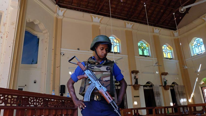 Sri Lanka reforça segurança após ataques que fizeram 290 mortos